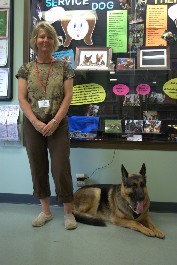 Therapy Dogs visit Mays Landing